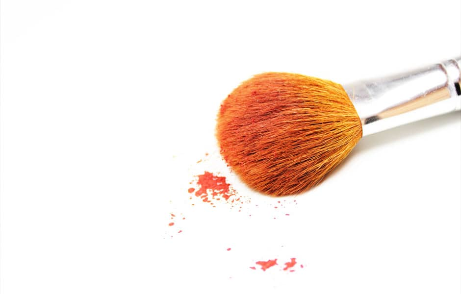 Nettoyage des pinceaux et éponges de maquillage