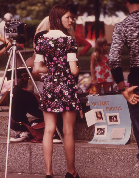 1973, robe fleurie