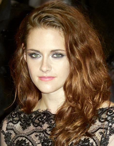 Kristen Stewart cheveux longs, 2012