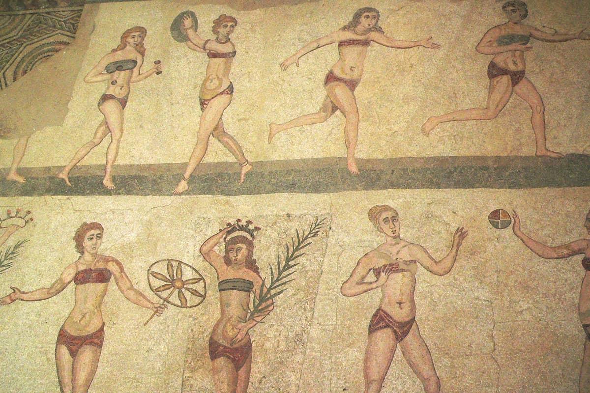 """Mosaïque """"Les Filles en bikini"""" (env. 300 ap. J.-C.)"""