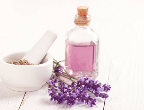 Et voici les premiers parfums français 100% naturels, bios… et petits prix !