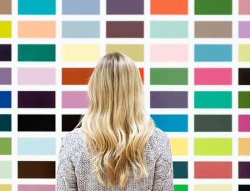 Relooking : quelles couleurs me vont ? Les différents profils