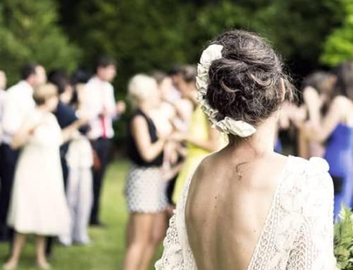 Comment m'habiller pour assister à un mariage? Tenues top et faux pas